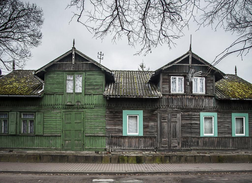 Pozostałości drewnianej zabudowy w Tłuszczu Tomasz Kaczor