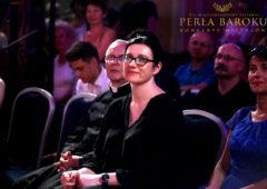 FESTIWAL PERŁA BAROKU-2019-burmistrz Edyta Zbieć-Dziekan Jan Andrzejewski-w tleKacepr-Dworniczak-fotoAnna Szarek